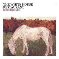 The White Horse Inn, Hendrerwydd